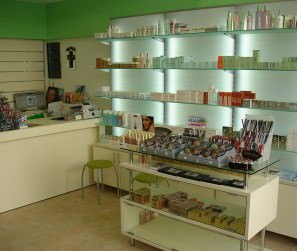 Kontrafouris-Pharmacy-Design-02