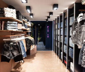 Savopoulos-Shop-Fitting-Staff-Athens-1_b